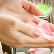 Parafin nuôi dưỡng trẻ hóa bàn tay